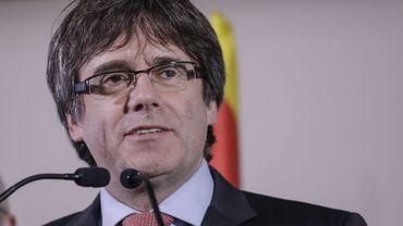 Catalogne: le chef du parlement propose la candidature de Puigdemont au poste de président