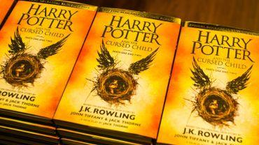 Le nouveau Harry Potter, en anglais, en tête des ventes de livres en France