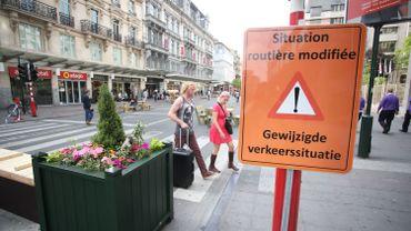 Ces modifications de circulation sont censées apporter une réponse aux griefs des riverains et des commerçants.