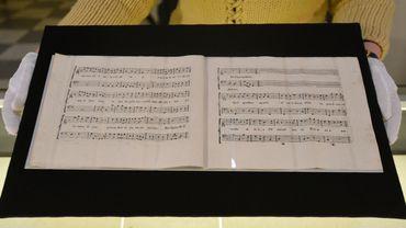 Une partition écrite par Mozart et exposée au musée de Prague en 2016.