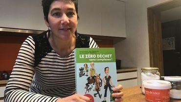 """Sylvie Droulans et son livre """"Le zéro déchets dans complexe"""""""