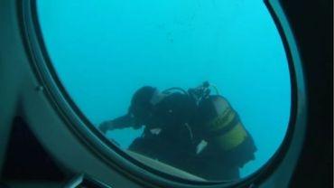Hublot dans le sous-marin
