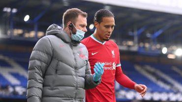 Liverpool s'inquiète pour Virgil Van Dijk son roc défensif