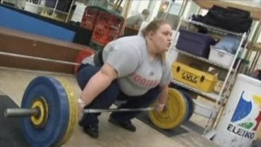 Holley Mangold, 136 kg, abandonne le football pour l'haltérophilie et va aux J.O.