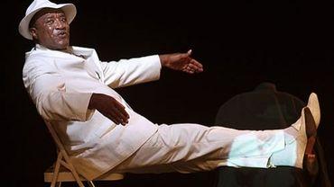 Dieudonné Kabongo s'est effondré en plein spectacle, mardi soir à Jette. Il avait 61 ans.