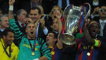 Eric Abidal soulève le Ligue des Champions