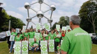 Greenpeace Belgique se mobilise devant l'Atomium contre les violences en Turquie