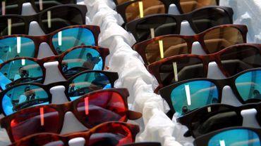 Des lunettes glamour à partir de déchets plastiques trouvés en mer