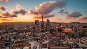 Voyages à l'étranger : la Catalogne et l'Aragon passent en orange pour le SPF Affaires étrangères
