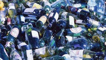 c4cf260bd9 Les bouteilles en verre des Wallons sont recyclées à Lodelinsart