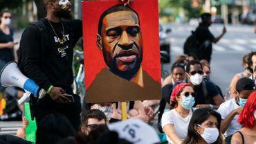 """Les USA commémorent le """"Juneteenth"""", la """"fin de l'esclavage"""", en pleines tensions autour du racisme"""