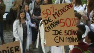 Les étudiants manifestent sur le campus de l'UCL à Woluwe