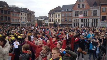 """16 écoles ont participé au projet """"Les tambours de la paix""""."""