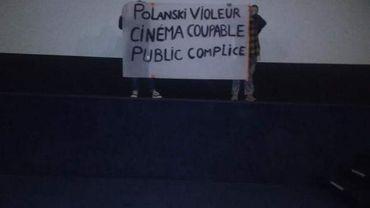 """Des féministes empêchent la diffusion du """"J'accuse"""" de Polanski dans ce cinéma: les salles évacuées"""