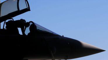 Le choix de l'avion de combat européen Eurofighter pour remplacer les F-16 vieillissants générerait des retombées économiques de 19,3 milliards d'euros et créerait ou consoliderait 6.785 emplois d'ici 2043.