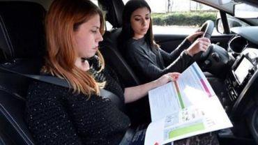 Elle avait envoyé quelqu'un d'autre à sa place à l'examen pratique du permis de conduire: peine de travail