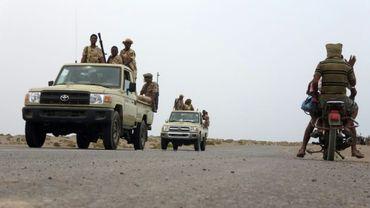 Des soldats soudanais membres de la coalition militaire menée par l'Arabie saoudite, le 7 juin 2018 près d'Al Jah, à 50 km du port de Hodeida, au Yémen