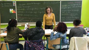 Schola ULB : des étudiants coachent des élèves en difficulté depuis 30 ans