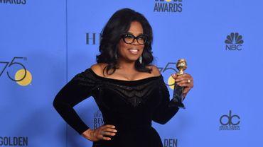 """Golden Globes: Oprah Winfrey déclare une """"aube nouvelle"""" pour les femmes"""