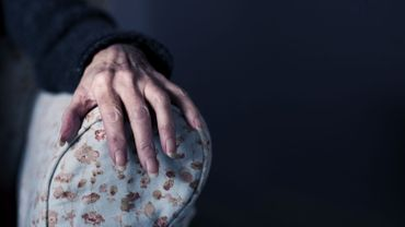 La solitude des personnes âgées plus dévastatrice que le coronavirus