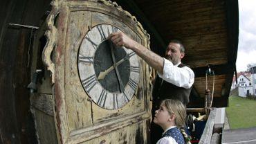 Débat sur le changement d'heure en Europe: une réévaluation du système est demandée