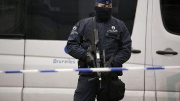 Attentats: suspect interpellé, opérations policères en cours - nos infos en direct