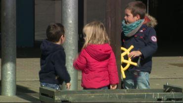 Coronavirus : des garderies également organisées dans les écoles pendant les vacances