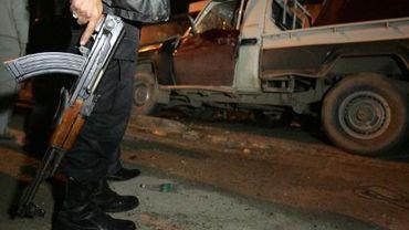 Un homme armé à Benghazi, dans l'est de la Libye