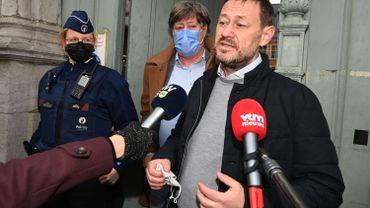 Le producteur flamand Bart De Pauw, accusé de harcèlement, assigne la VRT en Justice