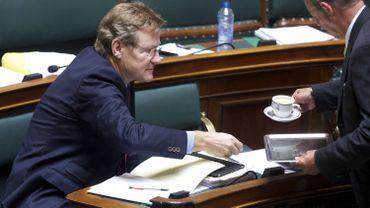 Ce vote de la loi-programme a mis fin aux travaux de la Chambre des Représentants avant les vacances.