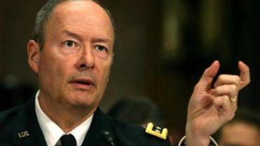 Le chef de la NSA nie espionner les Américains sur les médias sociaux