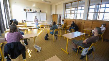Rentrée hybride dès la 3ème secondaire: les écoles s'organisent (illustration)