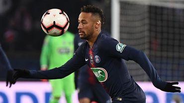 """Le Brésilien Neymar """"veut continuer au PSG"""", assure son père et agent"""