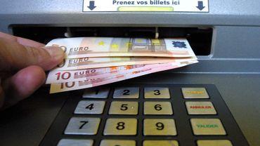 20 communes de Wallonie pas ou peu équipées de distributeurs de billets (Carte)