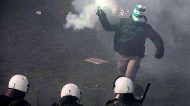Des incidents conduisent à l'annulation de Panathinaikos-Olympiakos