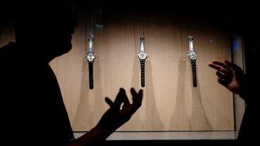 Des montres de luxe exposées au salon horloger, le 18 janvier 2018 à Genève, en Suisse