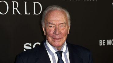 """Christophe Plummer entre dans l'histoire des Oscars en devenant, à l'âge de 88 ans, l'acteur nommé le plus âgé de la cérémonie, brisant le record de Gloria Stuart, nommée à l'âge de 87 ans pour """"Titanic""""."""