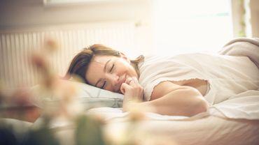Sels de bain, sprays, rolls : 5 produits pour un sommeil réparateur