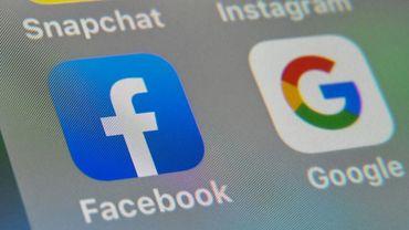 """Selon Amnesty, """"la vaste architecture publicitaire de Google et Facebook est une arme puissante entre de mauvaises mains"""""""