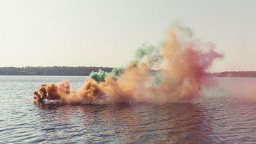 Le photographe  Filippo Minelli  a sorti ses fumigènes colorés (non toxiques) et a parcouru la Wallonie pour apporter un regard différent sur des destinations touristiques phares