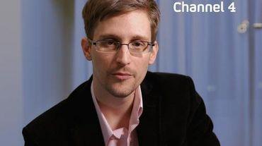 Photo non datée de l'ancien consultant de la NSA Edward Snowden diffusée le 24 décembre 2013 par la chaîne britannique Channel 4