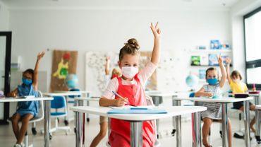 Un financement exceptionnel est alloué à l'enseignement en plus des mesures de soutien aux établissements scolaires