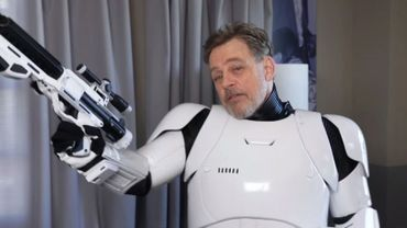 Camera Cachee Star Wars : Star wars rian johnson explique la très étrange scène de leia