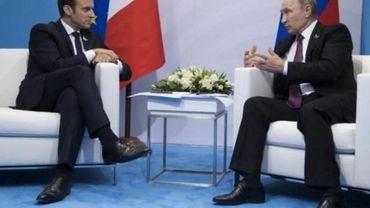 """Poutine et Macron appellent à des """"négociations directes"""" avec Pyongyang"""