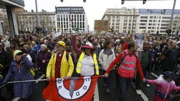 Pourquoi le syndicats soutiennent la grève pour le climat