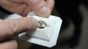 Le poinçonnage des bijoux se modernise grâce au laser