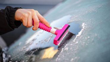 Vague de froid, les conseils pour protéger votre voiture
