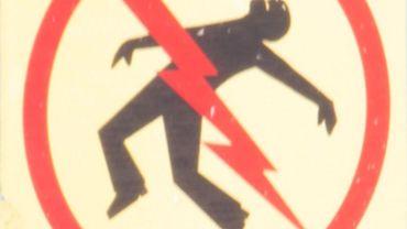 Un quinquagénaire a été électrocuté alors qu'il volait des câbles (illustration).