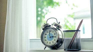 """Le changement d'heure : bientôt un souvenir """"vieux comme l'ADSL""""?"""