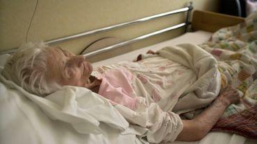 En 2009, Amélie Van Esbeen, 93 ans, refusait de s'alimenter après qu'on lui ai refusé l'euthanasie